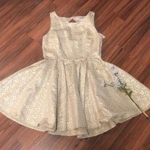 Beautiful Lauren Conrad dress
